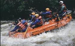 Whitewater_rafting2